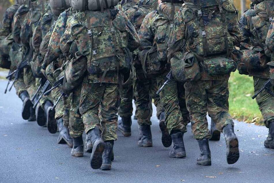 Schon wieder: Soldat (19) stirbt nach Hitze-Marsch!
