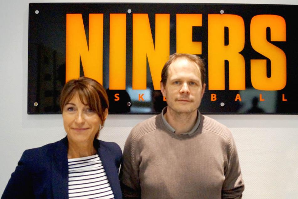 Niners-Präsidentin Dr. Micaela Schönherr und Konstantin Lwowsky.