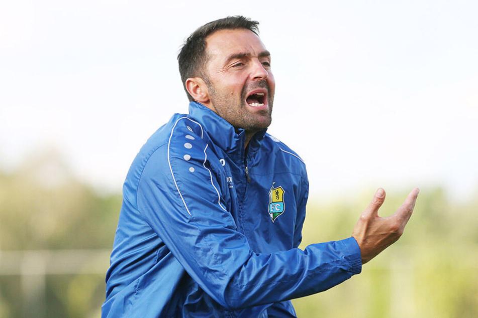 Sreto Ristic zeigte bereits in den Testspielen viel Emotionen - am Montagabend wird's für ihn und seine Mannschaft dann ernst.