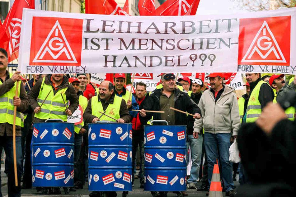 Immer wieder protestieren Leiharbeiter für bessere Konditionen. (Symbolbild)