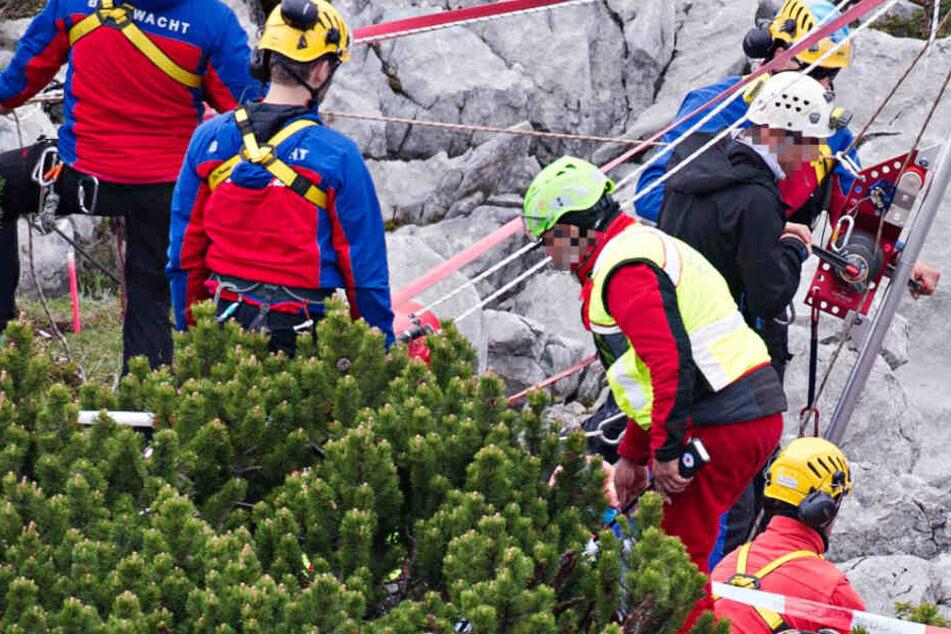 Vor den Augen seiner Frau: Deutscher stürzt in den Alpen in den Tod