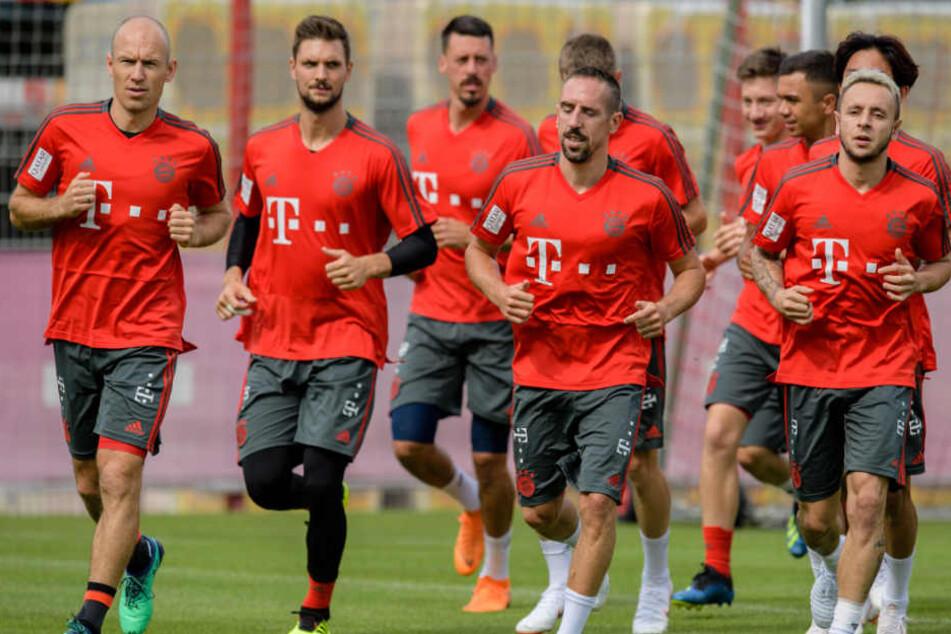 Der FC Bayern München bereitet sich in Katar auf die Rückrunde vor. (Archivbild)