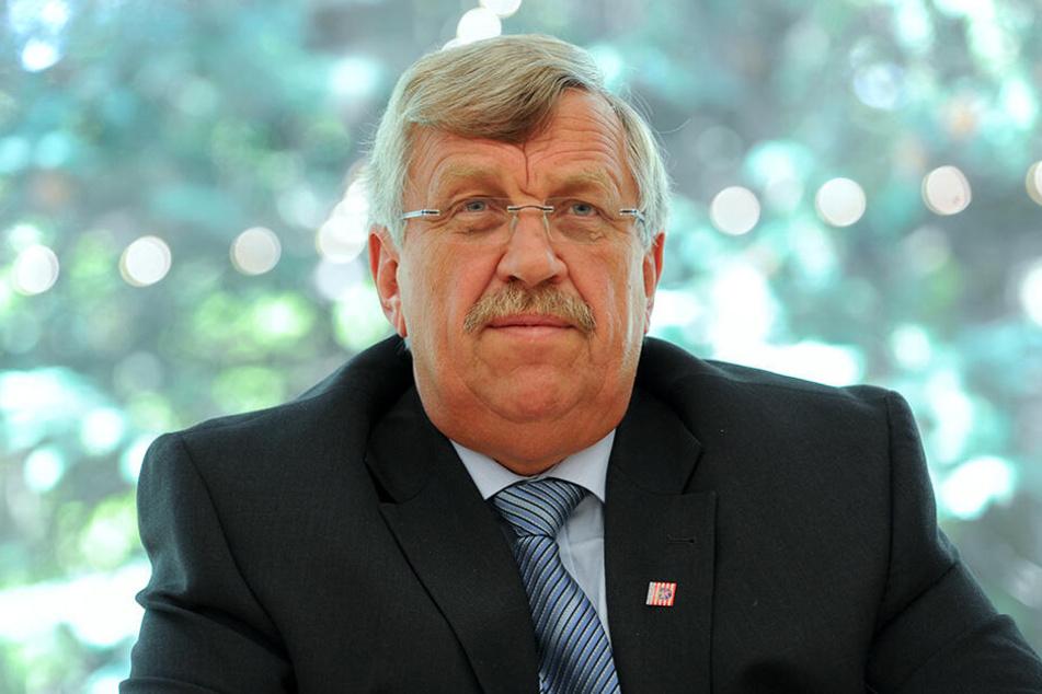 Regierungspräsident Walter Lübcke (†65, CDU) wurde auf seiner Terrasse mit einem Kopfschuss regelrecht hingerichtet.