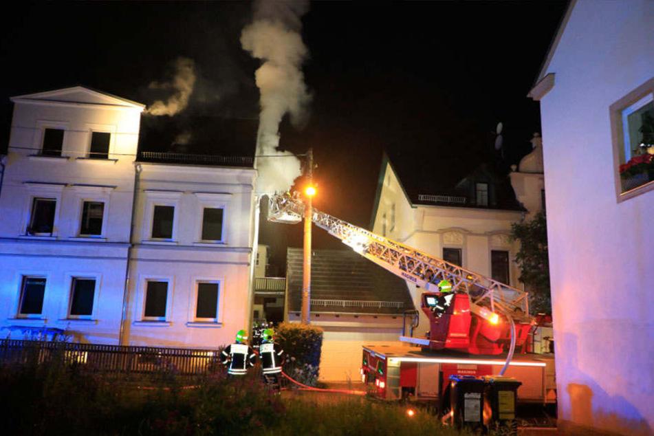 Das Haus ist nach dem Brand nicht bewohnbar (Symbolbild).