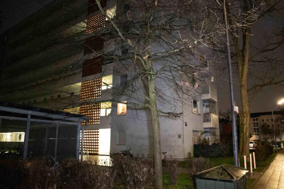 Frau (21) tot in Wohnung gefunden! Schockierende Details zur Blut-Tat in München!