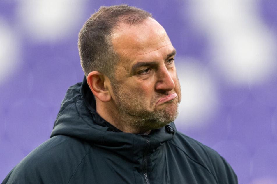 Heidenheim-Coach Frank Schmidt schaute zu.