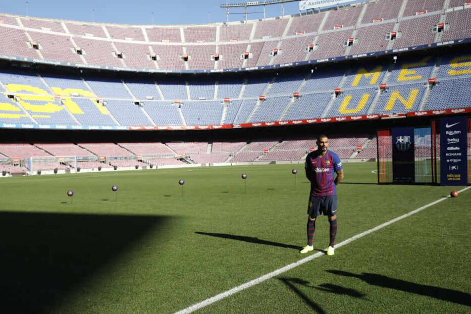 Boateng bei seiner offiziellen Vorstellung im Januar im Camp Nou.
