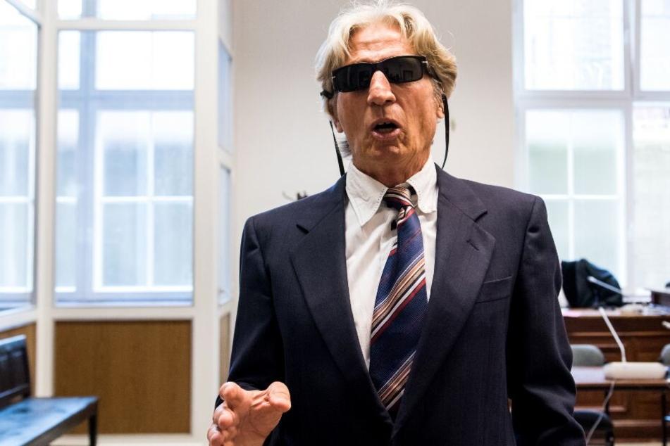Nach tagelangem Monolog: Gericht entzieht Rentner-Bankräuber letztes Wort