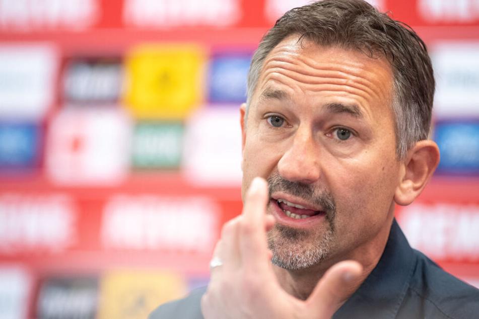 Achim Beierlorzer (51) stellte sich am Donnerstagmittag als neuer FC-Trainer vor.