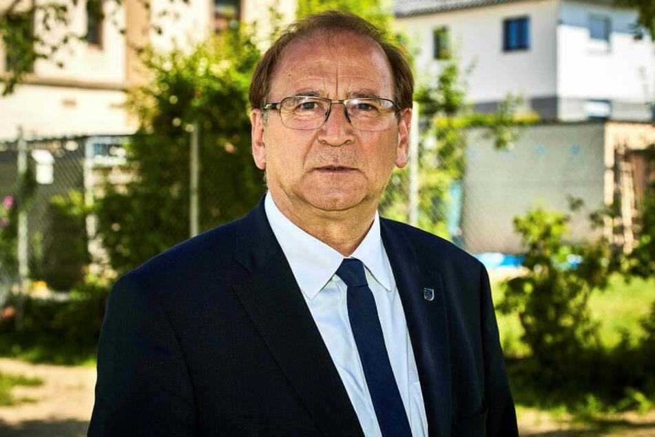 Der Heidenauer Bürgermeister Jürgen Opitz (63, CDU).