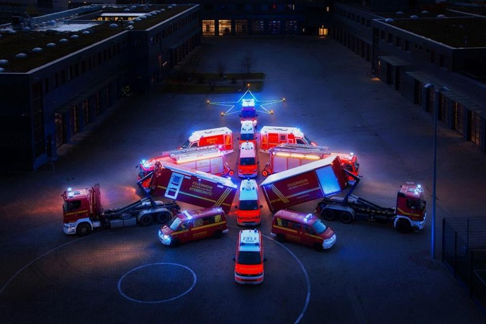 Hier parkt die Feuerwehr in Weihnachtsbaum-Formation