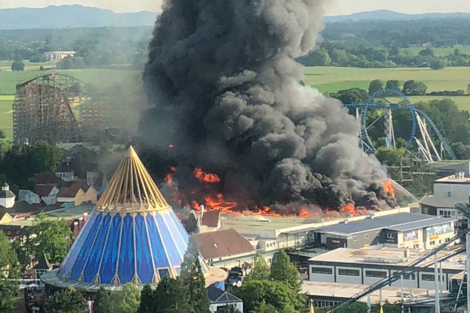 Stuttgart: Nach Millionen-Brand im Europa-Park: So laufen die Arbeiten zum Wiederaufbau
