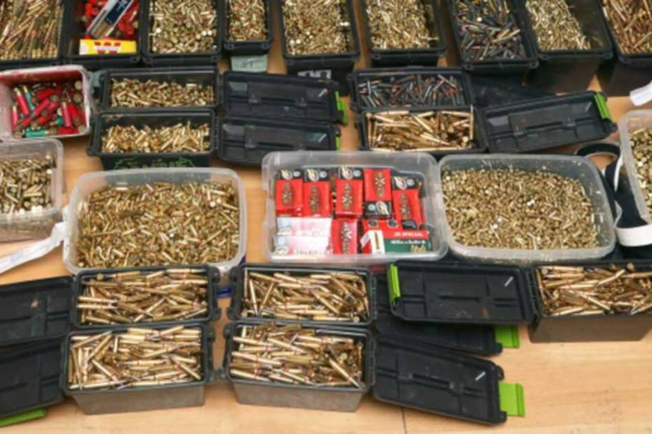 In dem Paket war unter anderem Munition (Symbolbild).