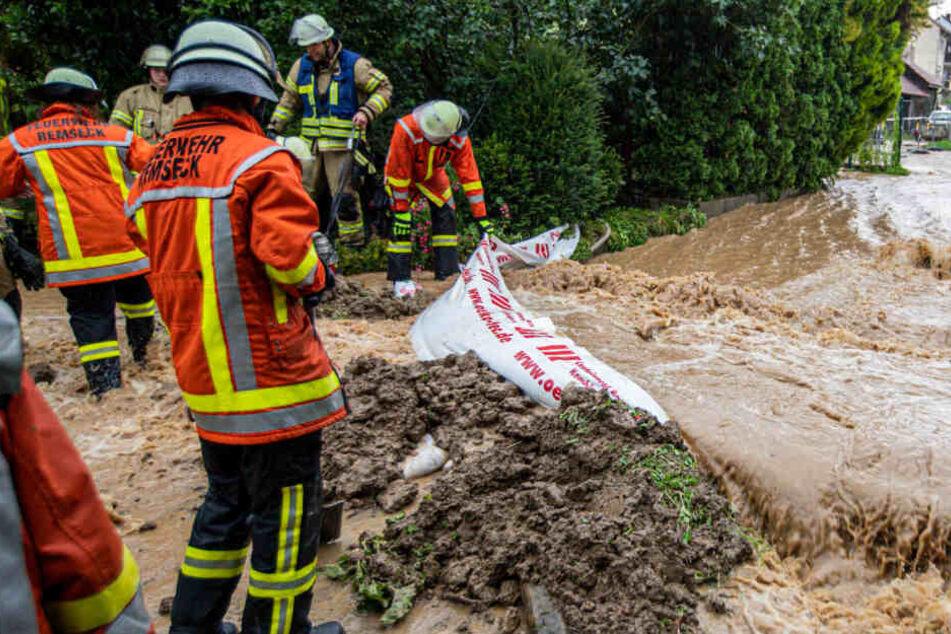 Starkregen: Straßen gesperrt, Sport-Event in Tübingen abgesagt