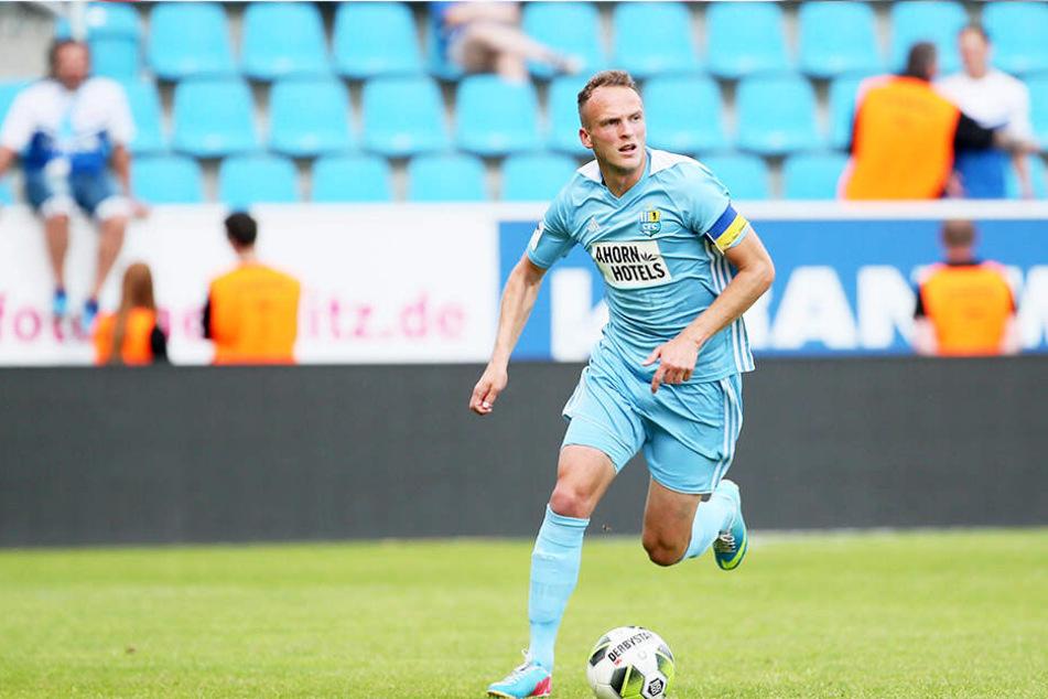Mit dem Chemnitzer FC stieg Julius Reinhardt im Vorjahr in die Regionalliga ab. Dieses Szenario soll sich auf keinen Fall wiederholen.