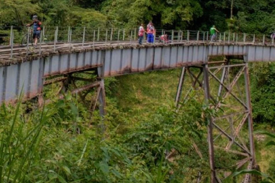 Signal falsch verstanden: Frau springt ohne Bungee-Seil 50 Meter in den Tod