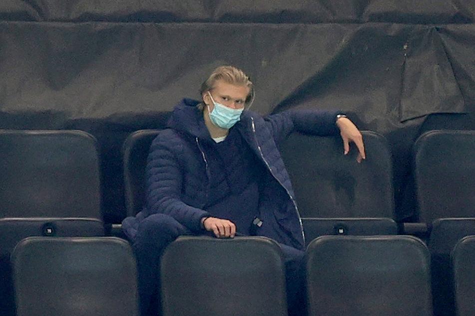 Zuletzt fristete Erling Haaland (20) ein eher unglückliches Dasein auf der Tribüne. Am Donnerstag gehört er aber wohl zum Kader von Borussia Dortmund.