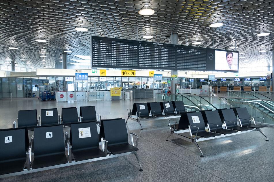 Die zweite Corona-Welle hat viele deutsche Flughäfen leer gefegt, mitunter sinkt die Passagierzahl auf Null.