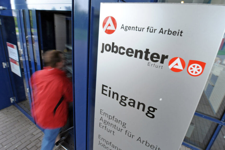 Die Zahl der Arbeitslosen sank in Thüringen auf knapp 75.000.