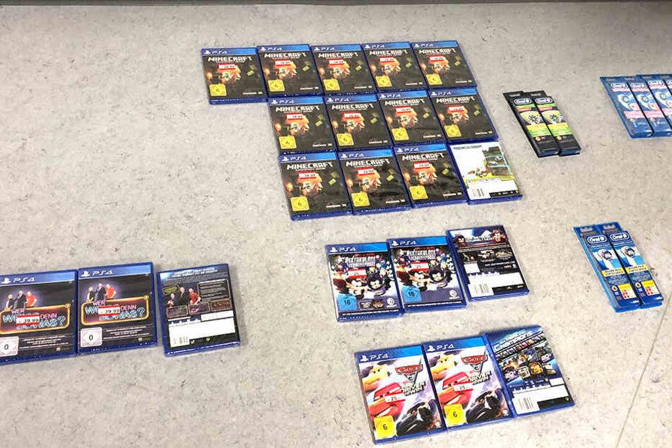 Videospiele für die PS4 ließen die Herren mitgehen.