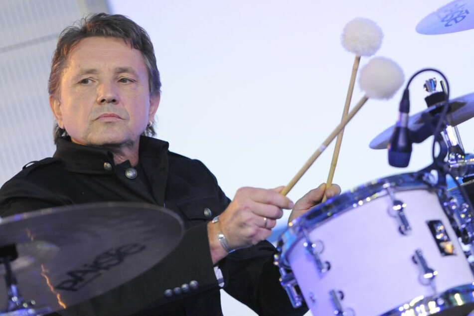 """Puhdys""-Schlagzeuger hat den Krebs besiegt"