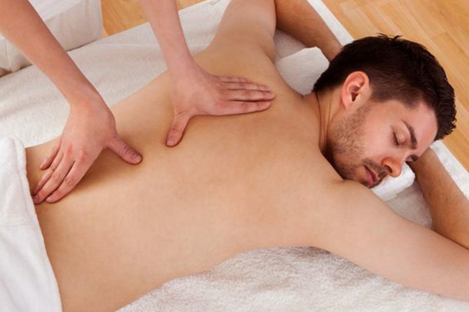 In Tantra-Studios wird man neben der Massage auch sexuell stimuliert. (Symbolbild)