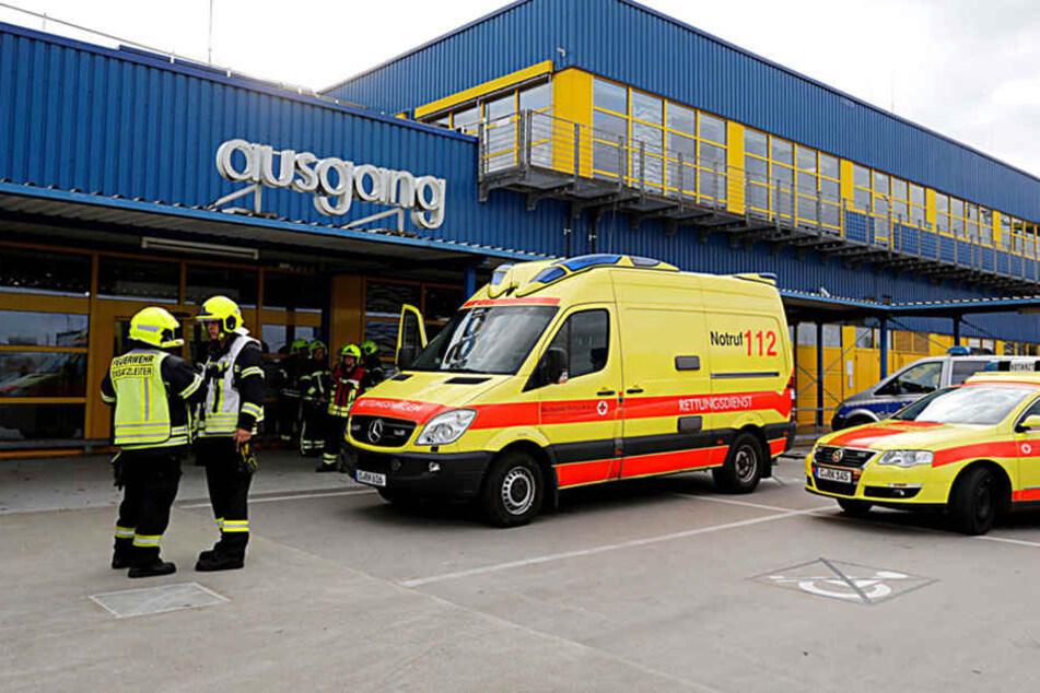 Drei Menschen wurden verletzt.