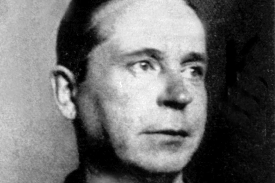 """Die Hinrichtung fand am 2. Juli 1931 statt. Die Verbrechensserie des """"Vampirs von Düsseldorf"""" gilt als spektakulärster Kriminalfall der Weimarer Republik."""