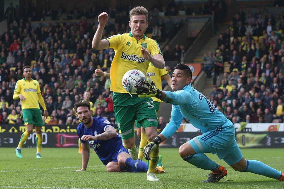 Derzeit geht Dennis Srbeny (24) für Norwich City auf Torejagd.