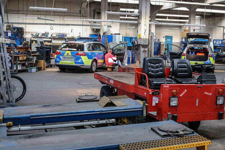 1200 Fahrzeuge werden in der Polizeiwerkstatt betreut.