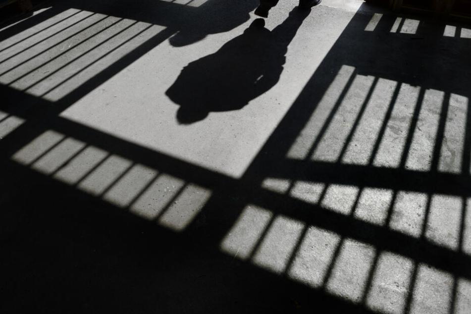 Endstation Gefängniszelle für den Ex-Freund einer Frau aus Buchholz (Symbolbild).