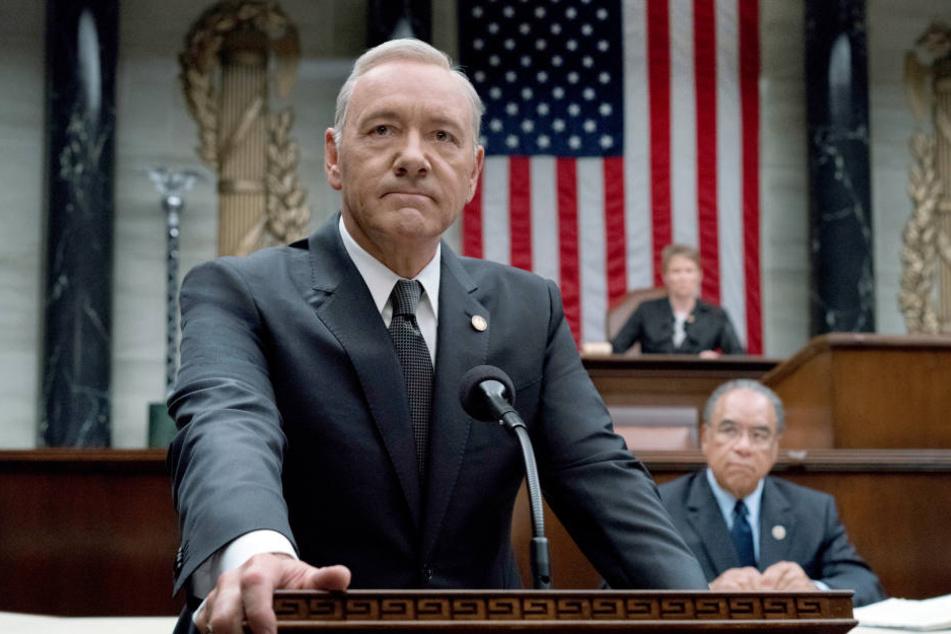 """Kevin Spacey spielte bislang eine der Hauptrollen in """"House of Cards"""". Nun wird die finale Staffel ohne ihn abgedreht."""