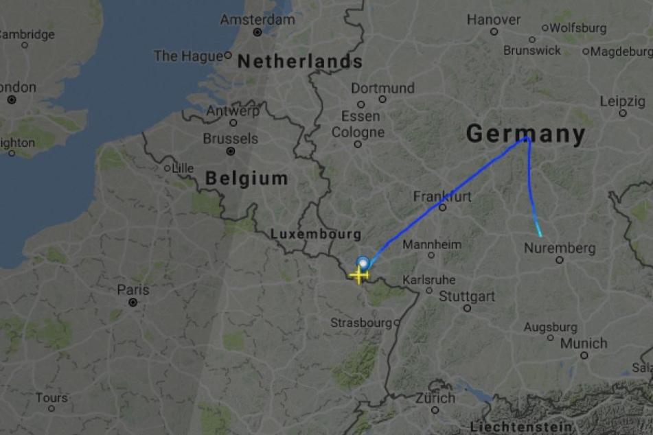 Der Flug AB6479 hätte von Saarbrücken nach Berlin fliegen sollen, doch so weit kam die Maschine nicht