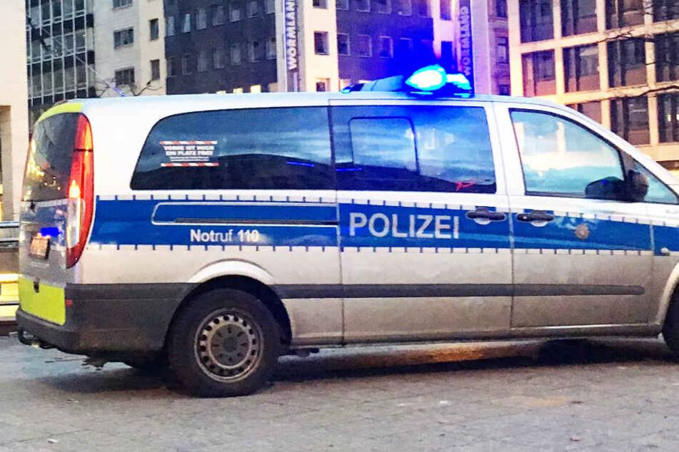 Die Polizei in Frankfurt geht davon aus, dass die drei Demonstrationen friedlich verlaufen werden.