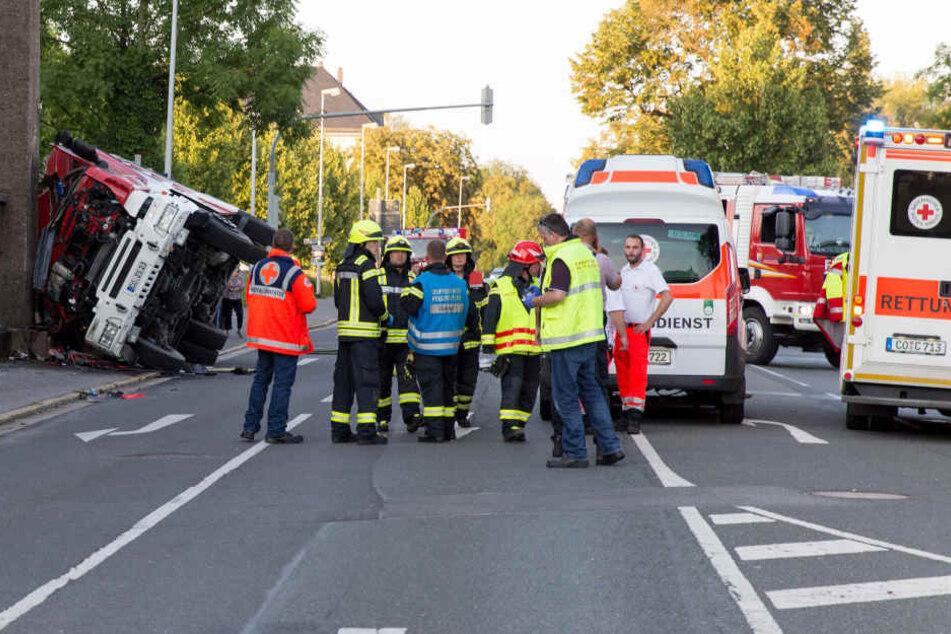 In Coburg ist ein Feuerwehrmann bei einem tragischen Unfall ums Leben gekommen.