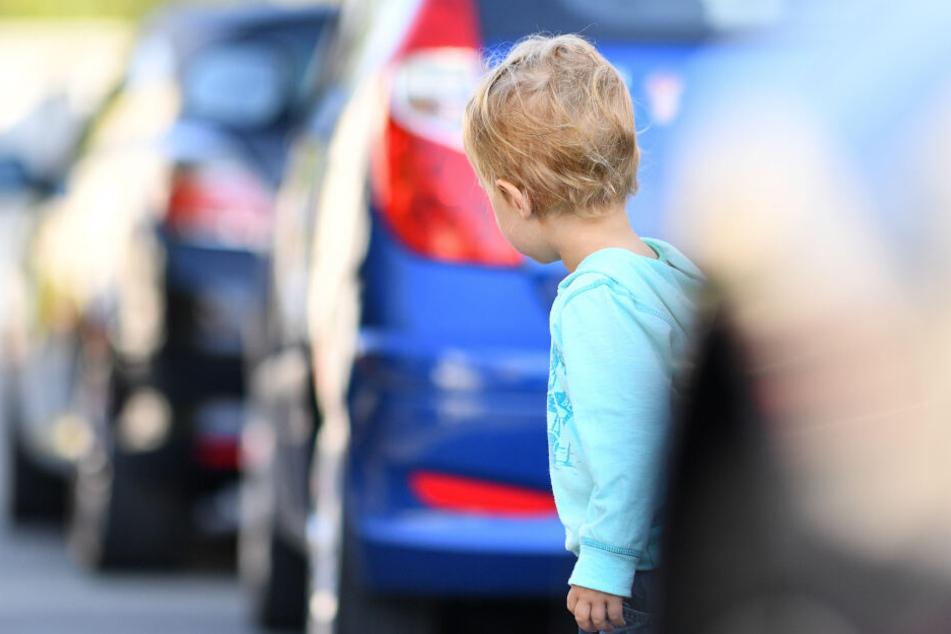 Der Sechsjährige rannte auf die Fahrbahn. (Symbolbild)