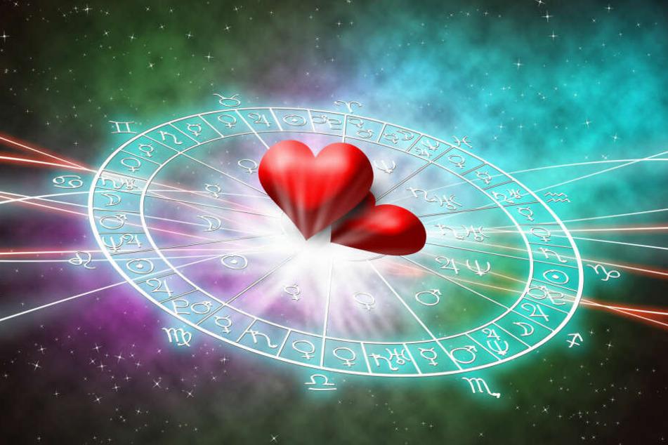 Horoskop heute, 25.12.2019: Tageshoroskop zum 1. Weihnachtsfeiertag