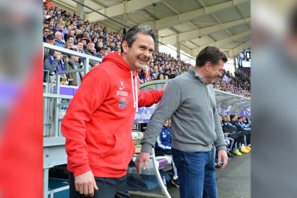Vor dem Spiel lachten beide: FCE-Trainer Dirk Schuster (l.) und sein Hamburger Kollege Dieter Hecking. Danach war Hecking der Spaß vergangen.