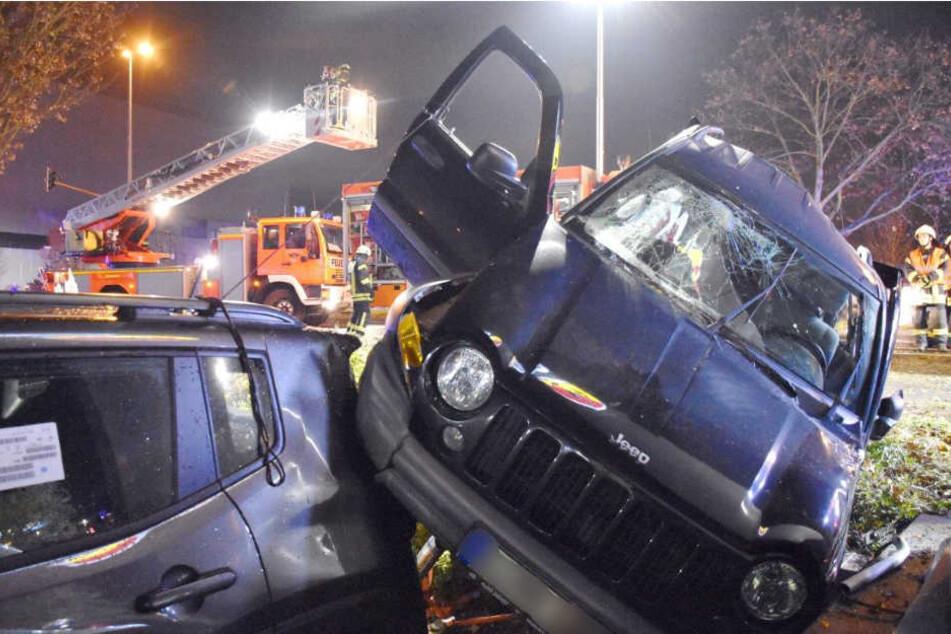 Die Fahrerin wurde bei dem Unfall schwer verletzt.