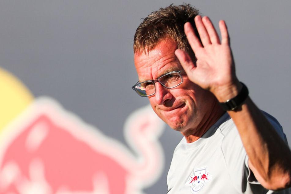 Ralf Rangnick dementierte die Gerüchte um einen Vorab-Deal mit FC Bayern München.