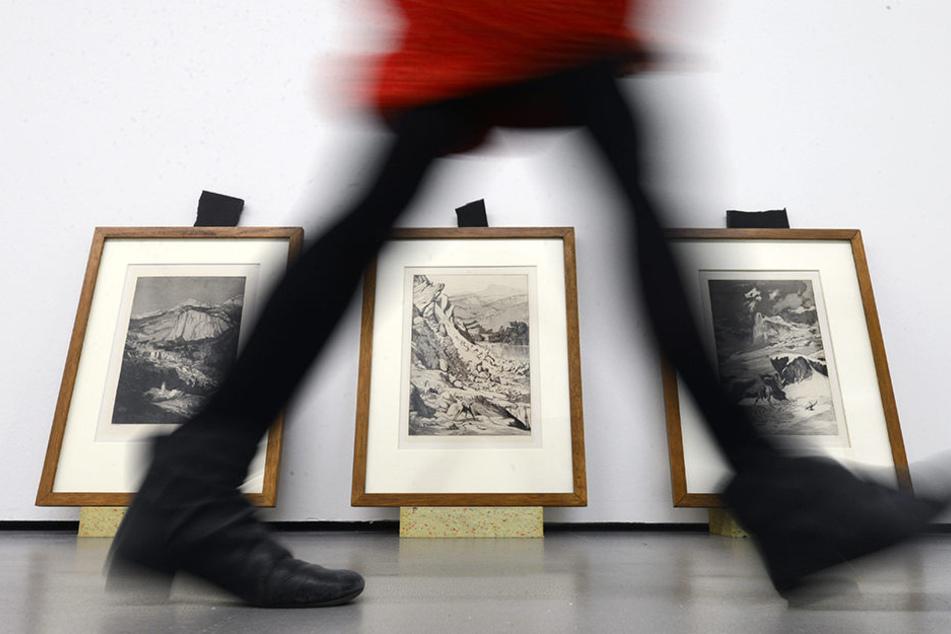 Schüler der 35. Oberschule in Leipzig dürfen noch bis Juni zeigen, was sie sich unter DDR-Kunst vorstellen. (Symbolbild)