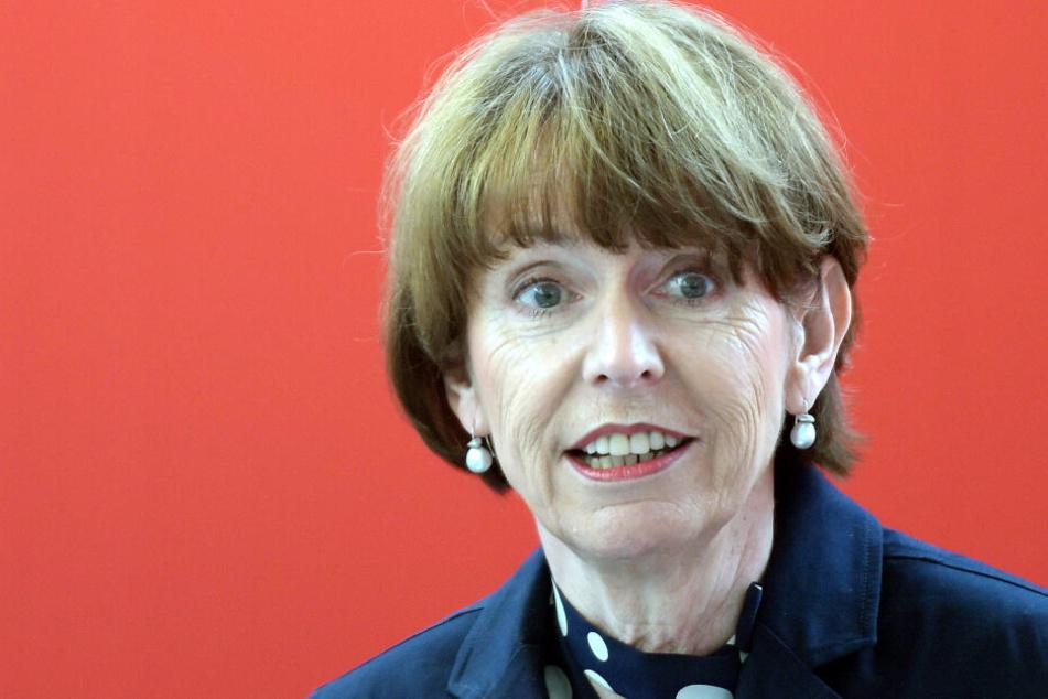 Kölns OB Henriette Reker (62) will, dass möglichst viele Kölner bei der Europawahl ihre Stimme abgeben.