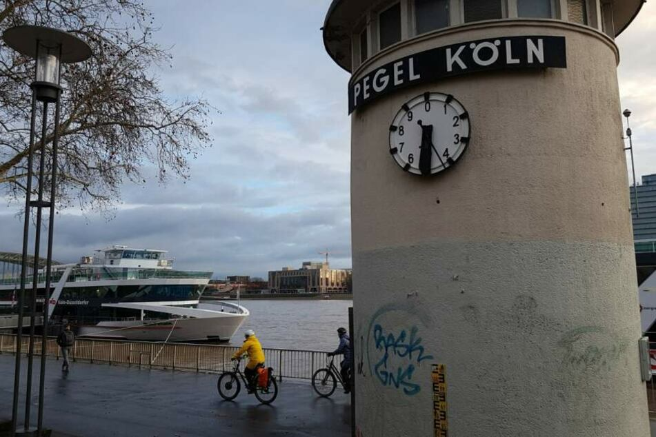 Der Kölner Pegel am Donnerstagmorgen.