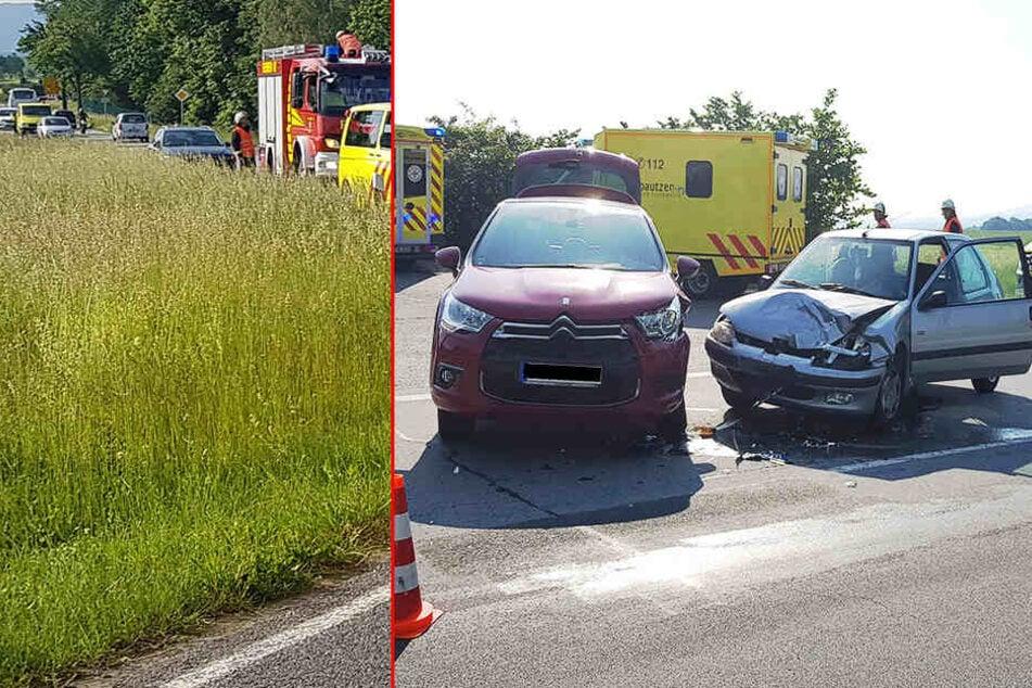 S106 teilweise gesperrt! Citroën und Peugeot stoßen zusammen