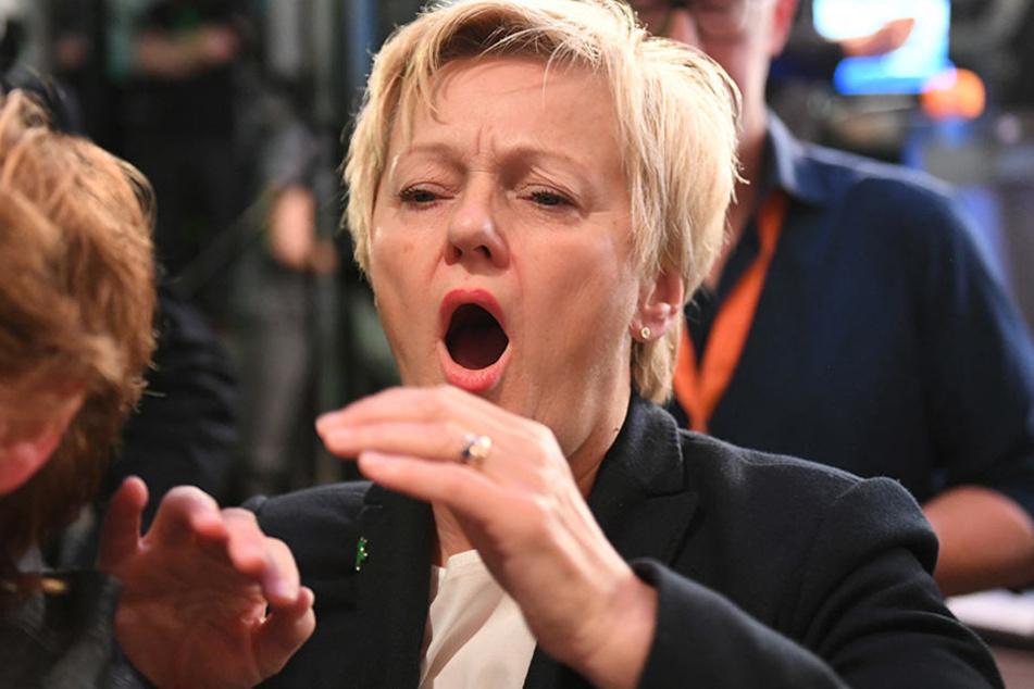 Renate Künast reagiert auf der Wahlparty von Bündnis 90/Die Grünen in Berlin nach der Veröffentlichung der ersten Prognosen zum Ausgang der Bundestagswahl 2017.