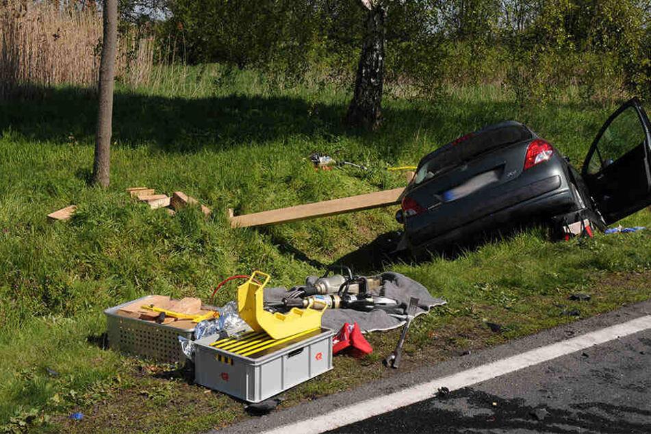 Bei dem folgenschweren Zusammenstoß starben am vergangen Sonntag vier Menschen, eine weitere Insassin wurde schwer verletzt.