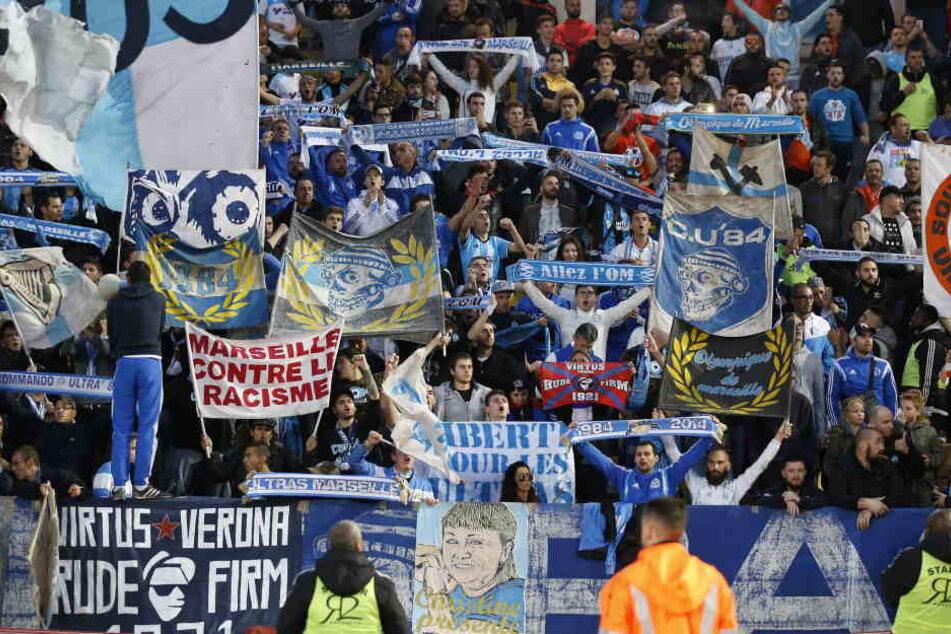 Die Anhänger von Olympique Marseille sind für ihren lautstarken Support bekannt.