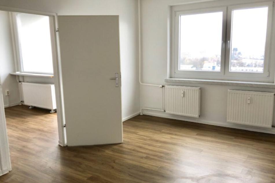 diese 2 raum wohnung mit balkon in dresden kostet unter. Black Bedroom Furniture Sets. Home Design Ideas