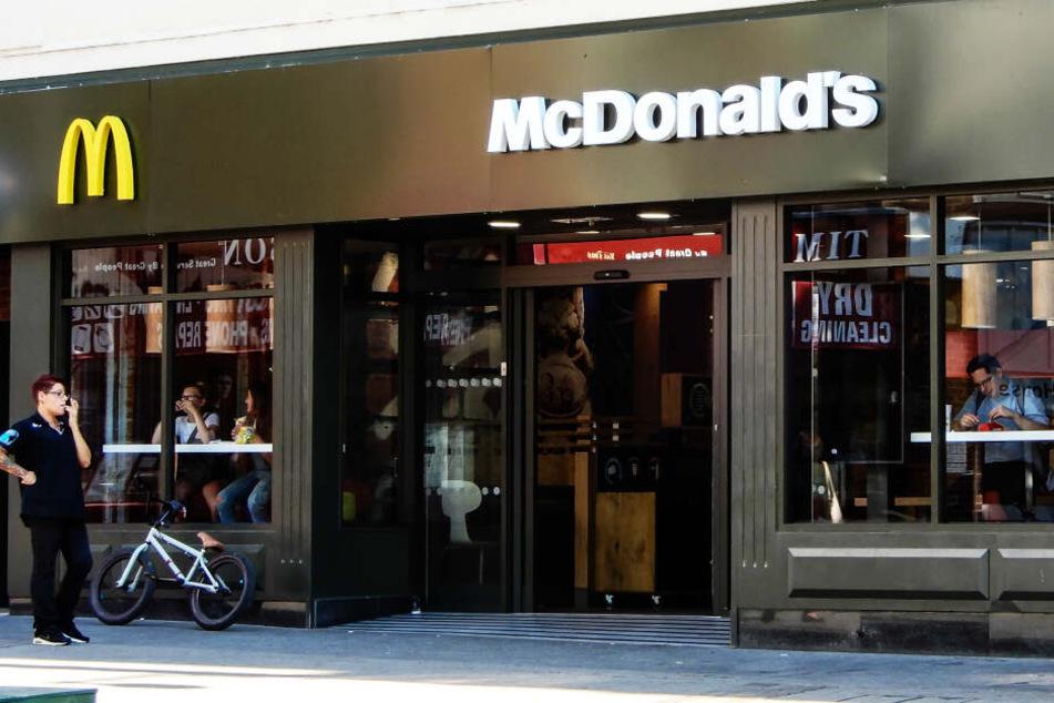 Eine McDonald's-Filiale in Großbritannien (Symbolbild).