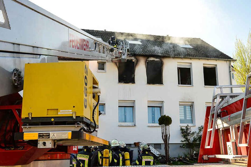Die Feuerwehr war mit 30 Einsatzkräften vor Ort.